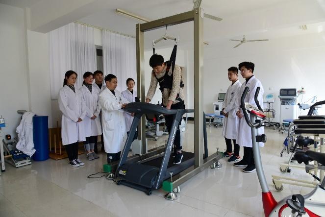 康复治疗技术专业_作为一门促进意外伤害患者和残疾人身心功能康复的学科,康复技术专业